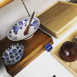 カフェ盆(四角)1,600円(税別)